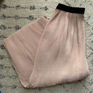 Zara Pants - Pleated culottes in blush